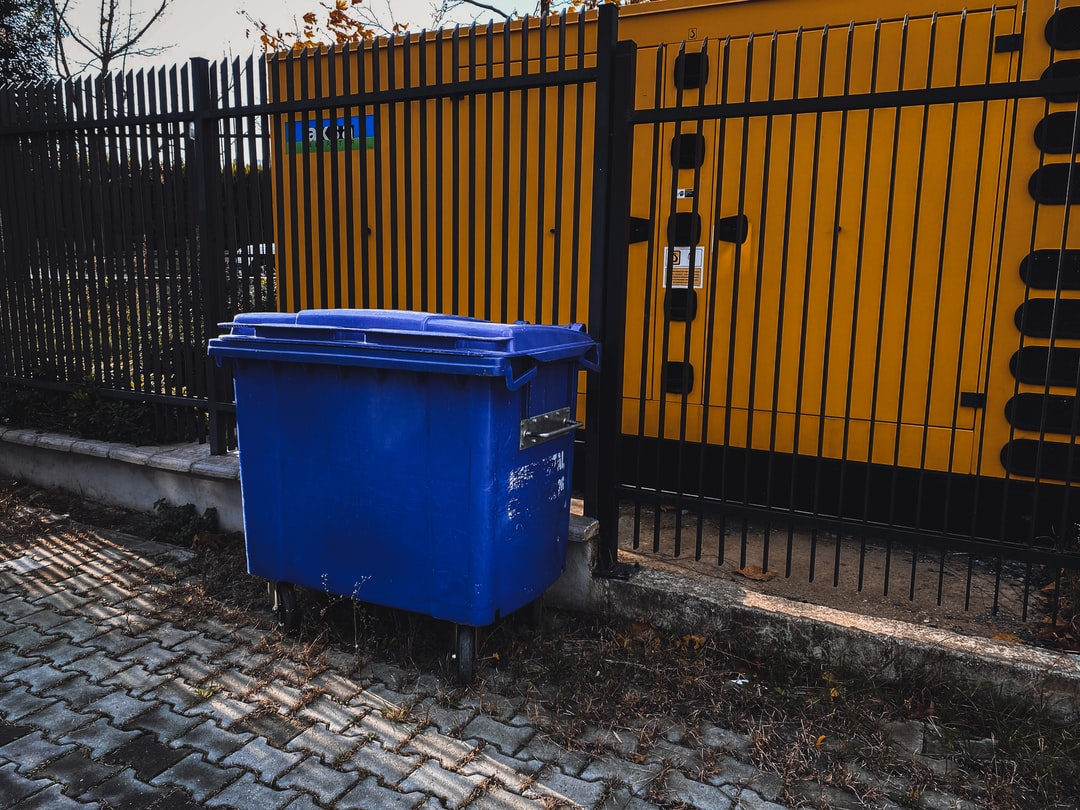 8 Factors to Consider When Renting Residential Dumpsters