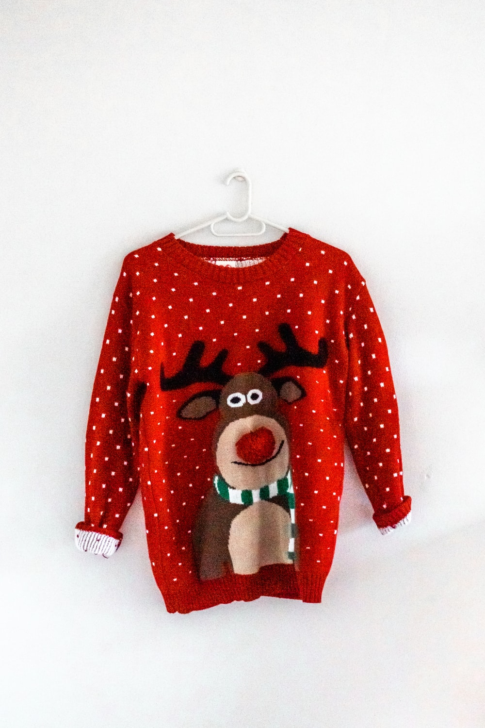 red and white mickey mouse sweater