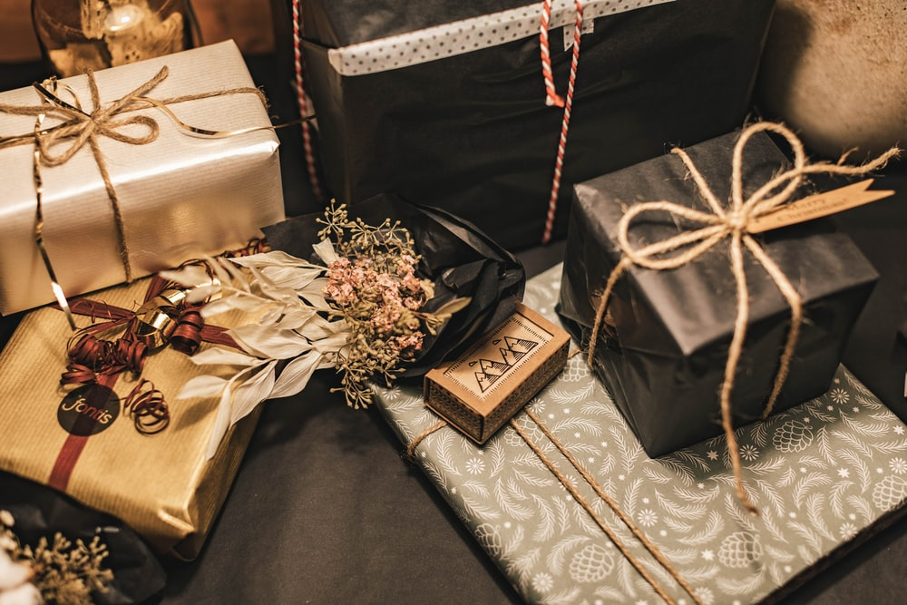 gold and silver gift box
