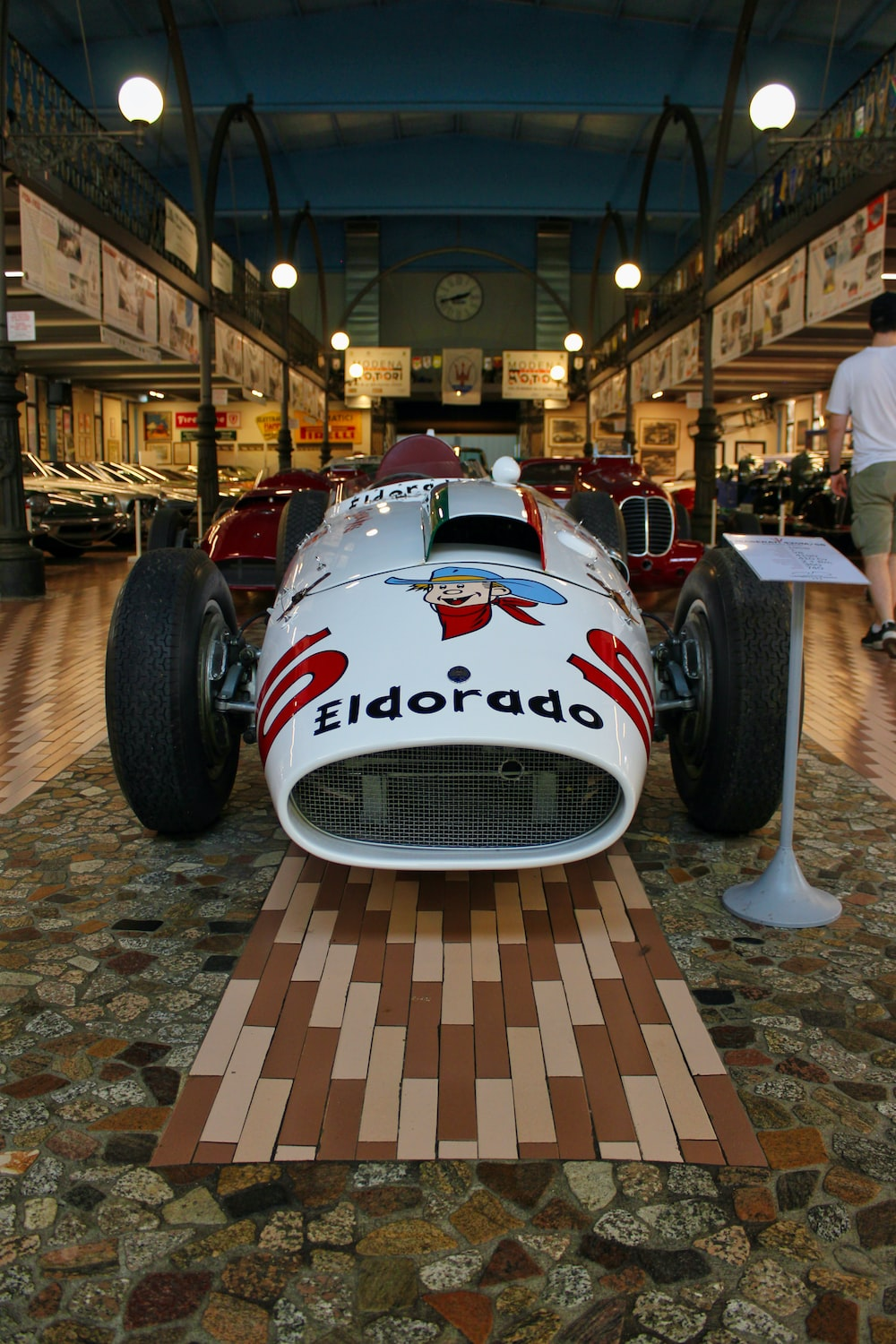 white and red racing car