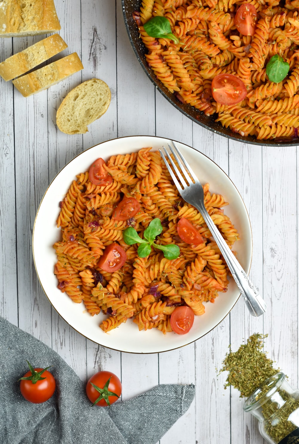 pasta with sauce on white ceramic plate