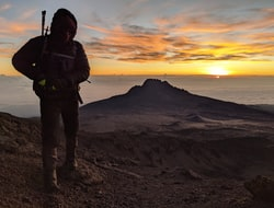 Kilimanjaro Besteigung - Shira Camp 3845m -Barranco Camp 3960m