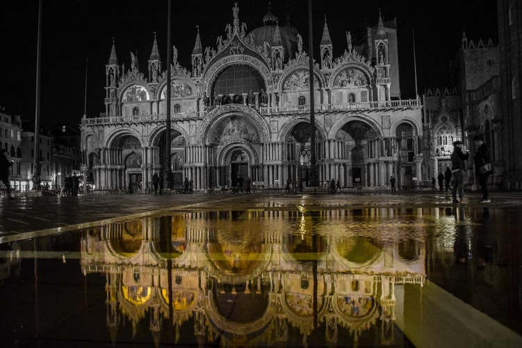 Visit the Saint Mark's Basilica - Top 6 things you can do for free in venice