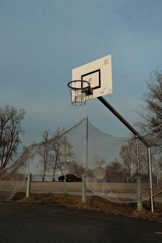 white and black basketball hoop
