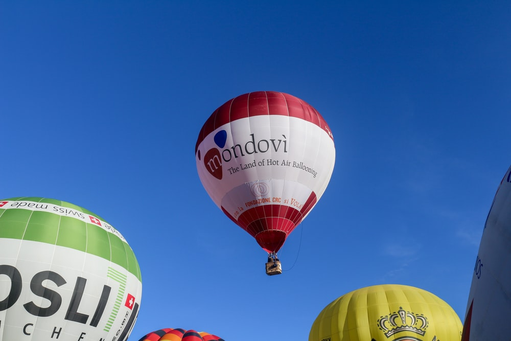 red green and yellow hot air balloon