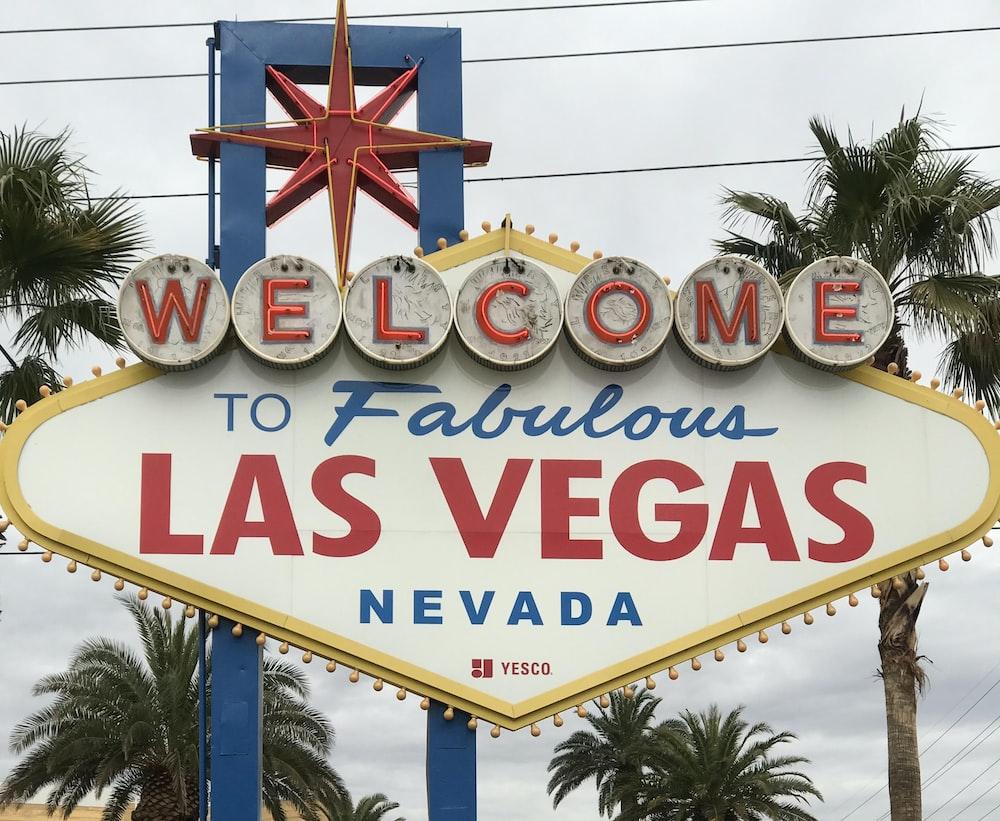 welcome to fabulous las vegas nevada signage