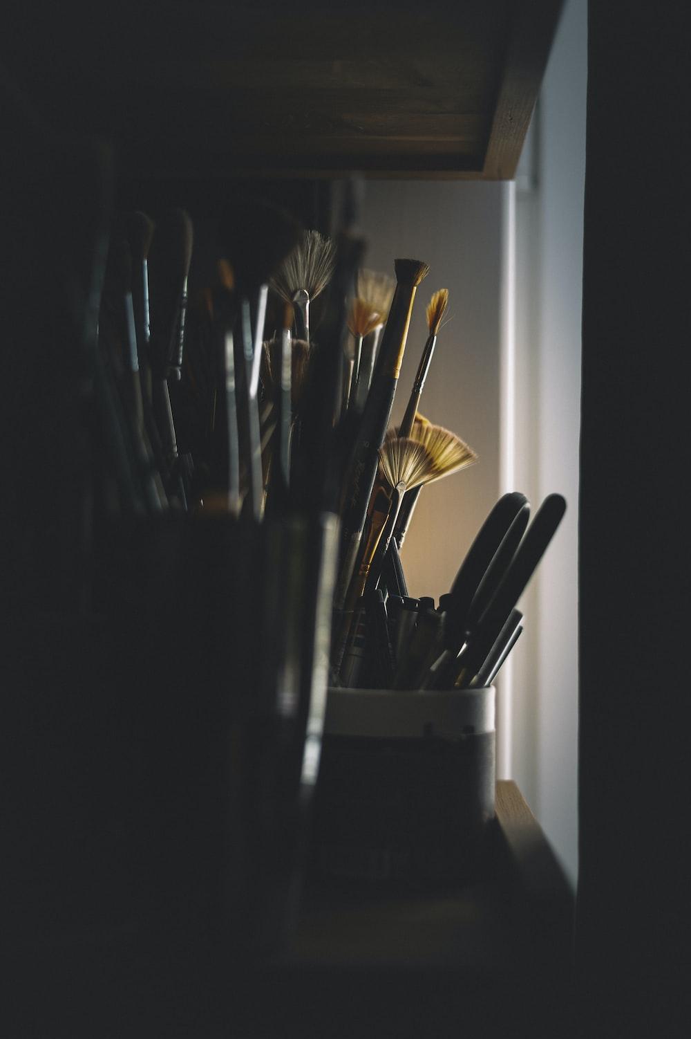 black and white paint brush set