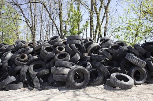 Staré ojeté pneumatiky