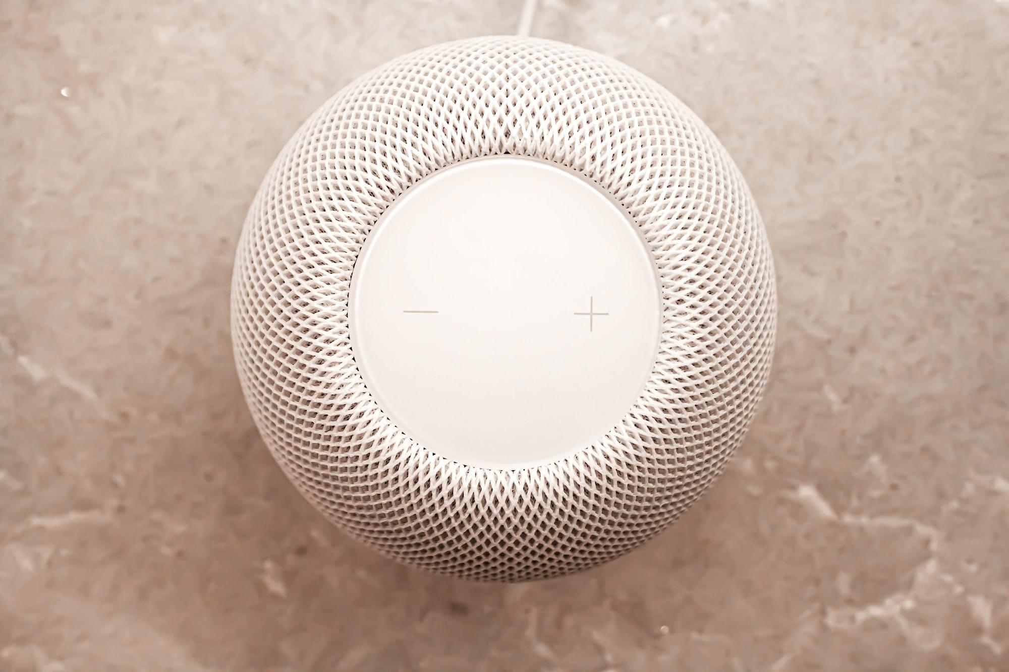 Compra o HomePod mini em Espanha e recebe-o em Portugal