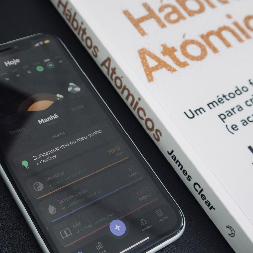 black samsung galaxy smartphone box