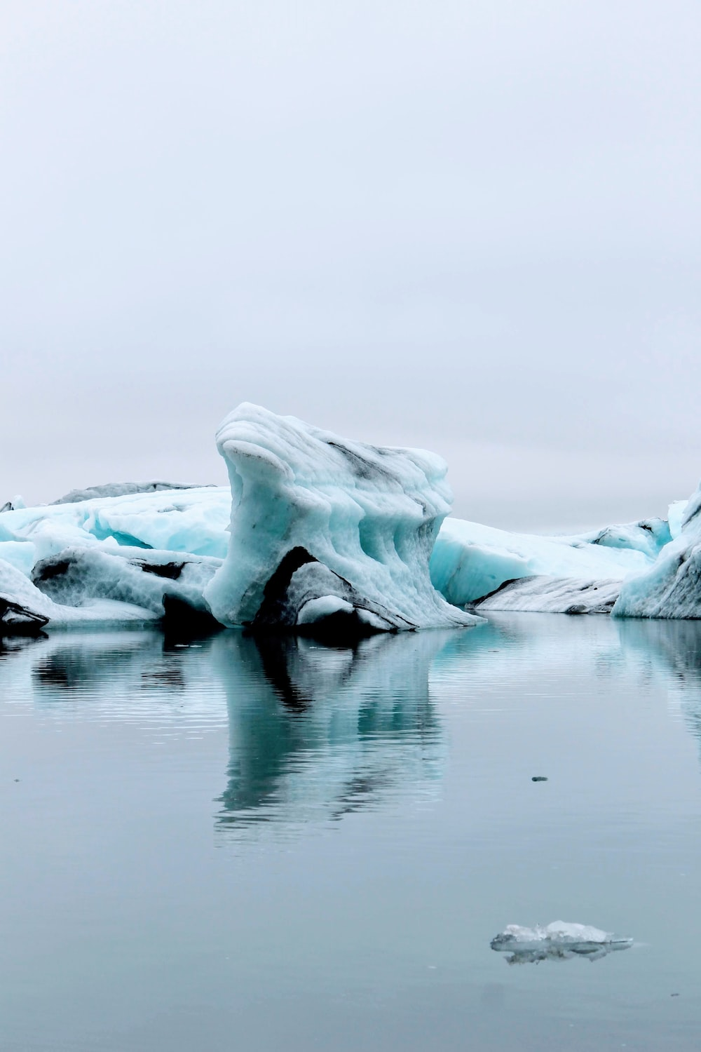 ice formation on water during daytime
