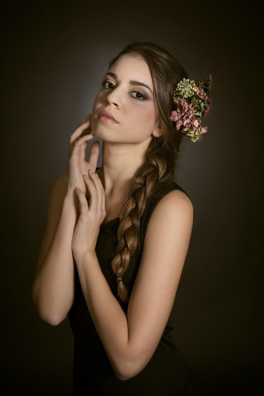 woman in white floral headband