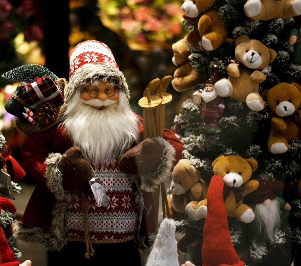santa claus and snowman figurine