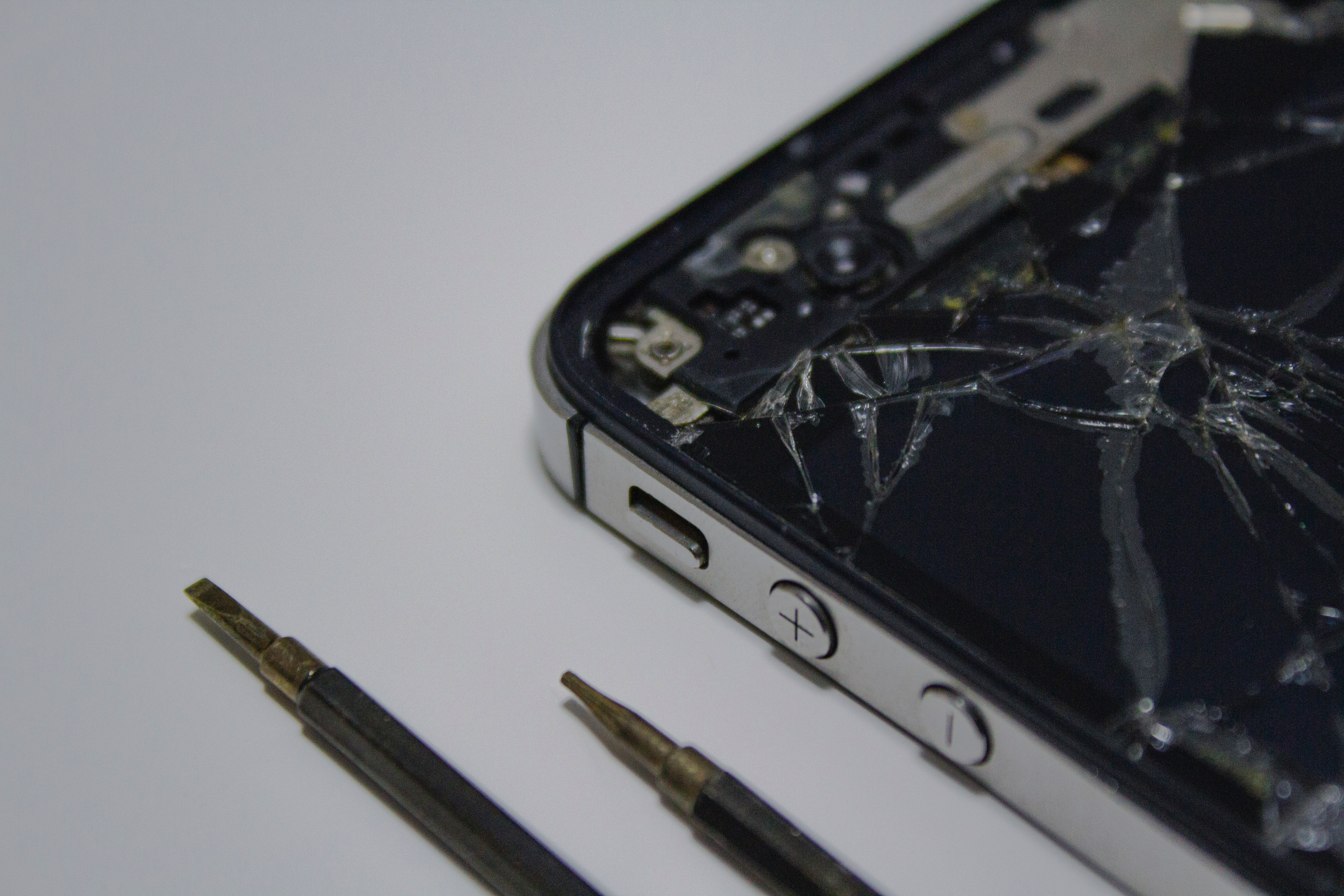 AMEX Smartphone Screen Insurance
