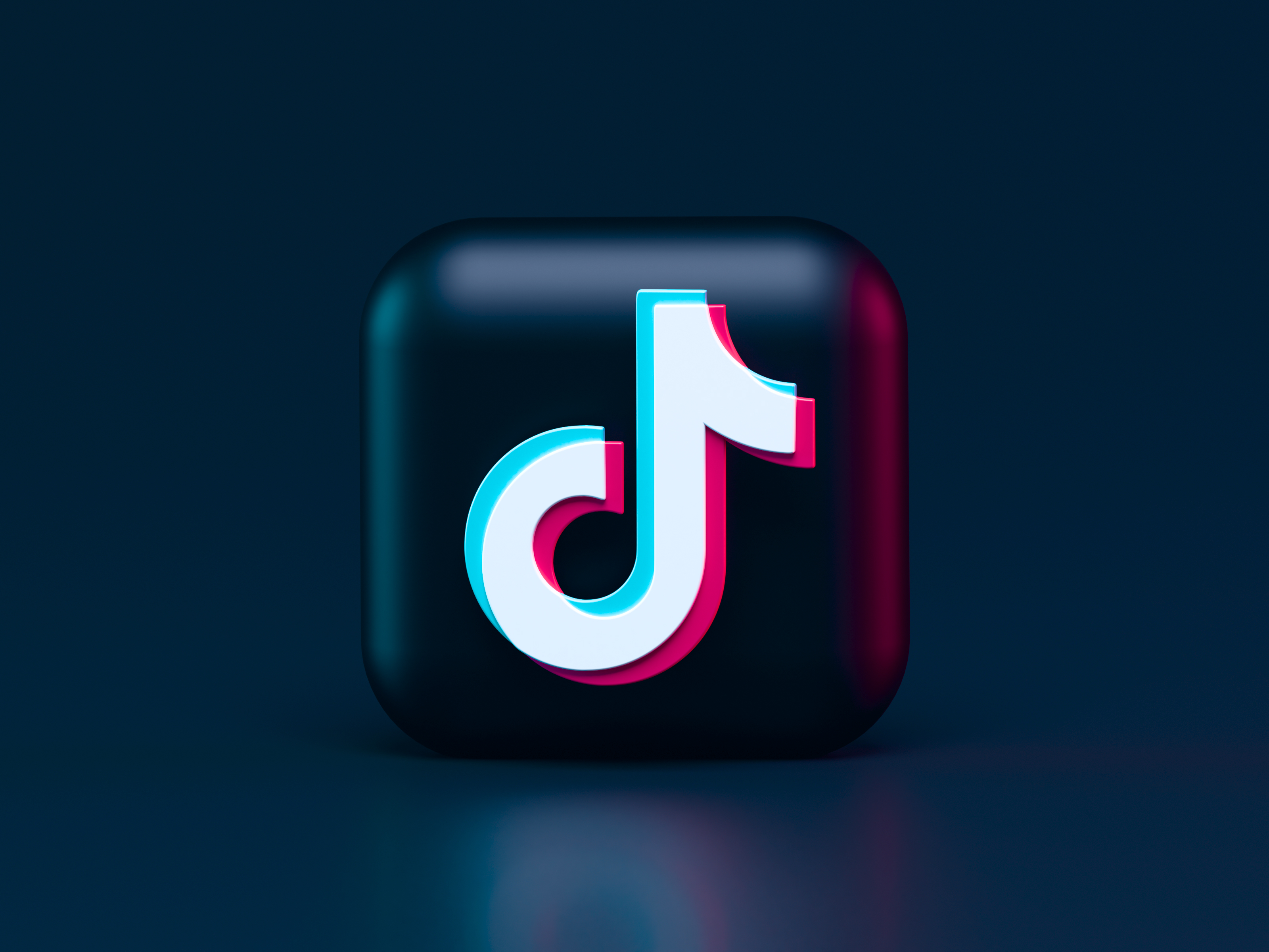 TikTok 3d Icon Concept. Dark Mode Style 🖤 Write me: alexanderbemore@gmail.com, if you need 3D visuals for your products. Made the 3d icon of video-sharing social networking service owned by ByteDance.