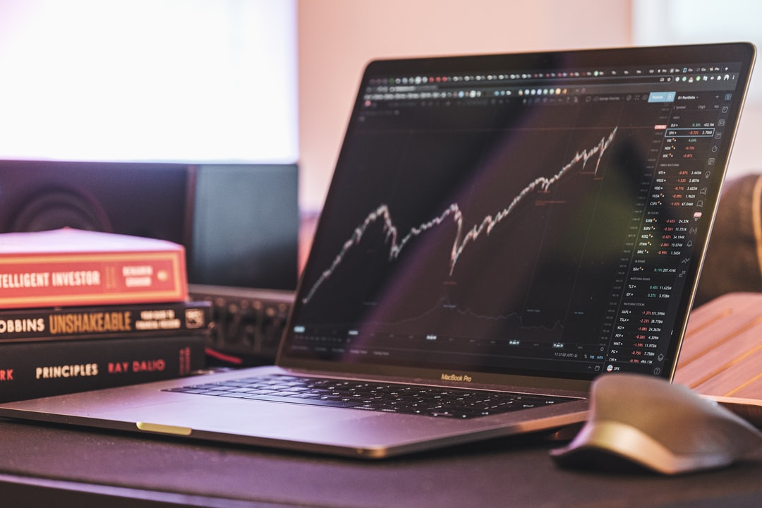 How to Invest in Stocks: A Finance Guide for Beginners