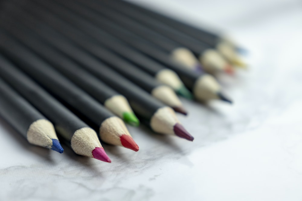 black red and green color pencil