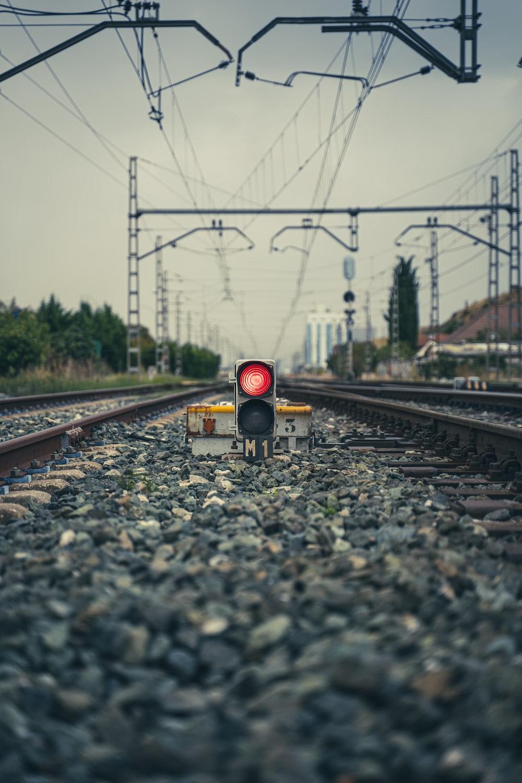 train rail tracks during daytime
