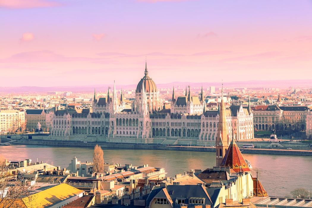 Cosa vedere a Budapest i posti più belli da visitare parlamento ungherese