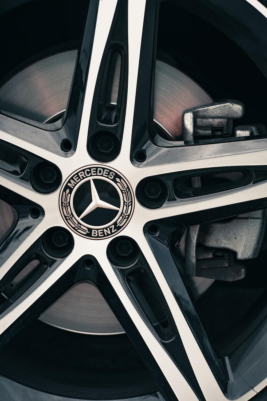 gray and black bmw wheel