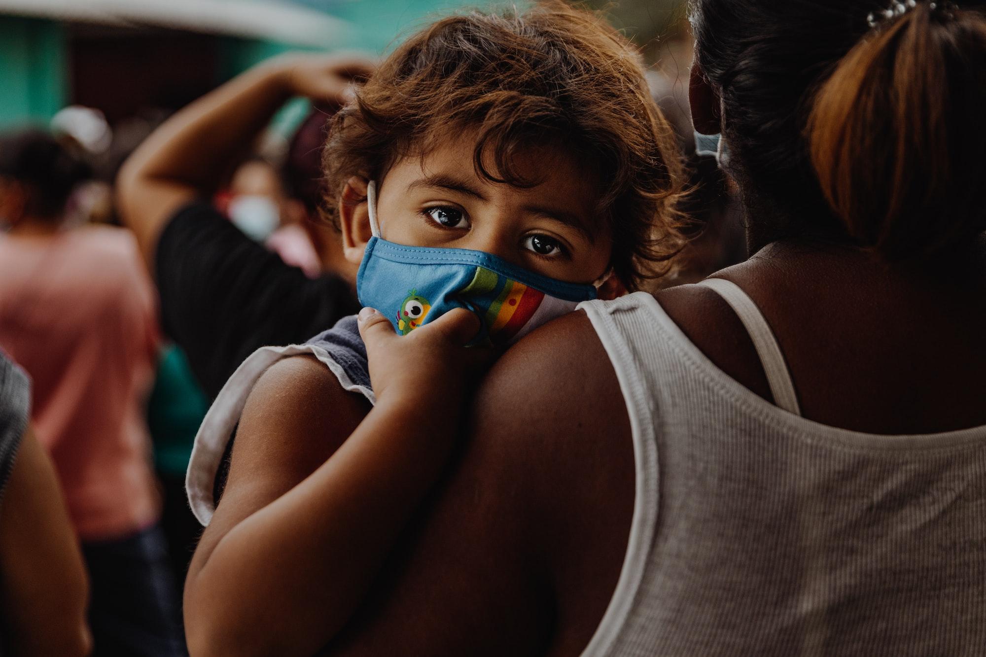 कोविड की तीसरी लहर का खौफ, भारत सहित कई देशों को मदद अभी भी जारी