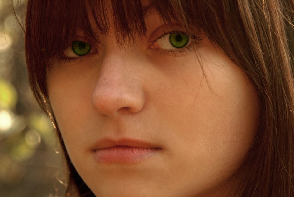 woman with green eyes and brown hair