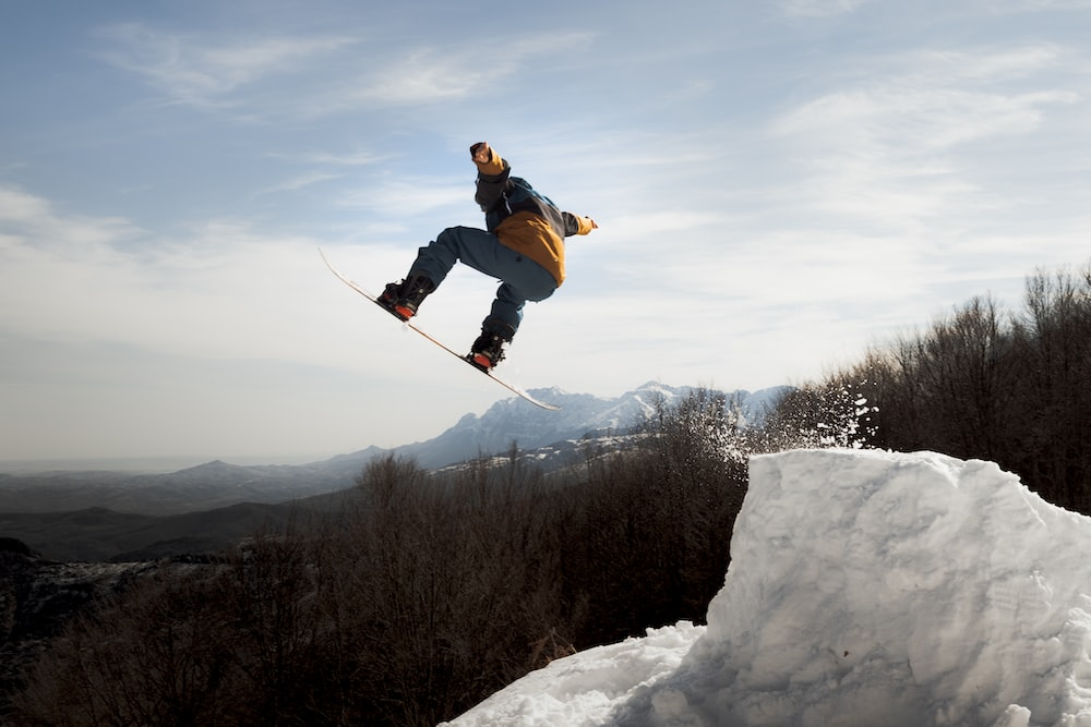 Related Snowboarding Injuries To Avoid