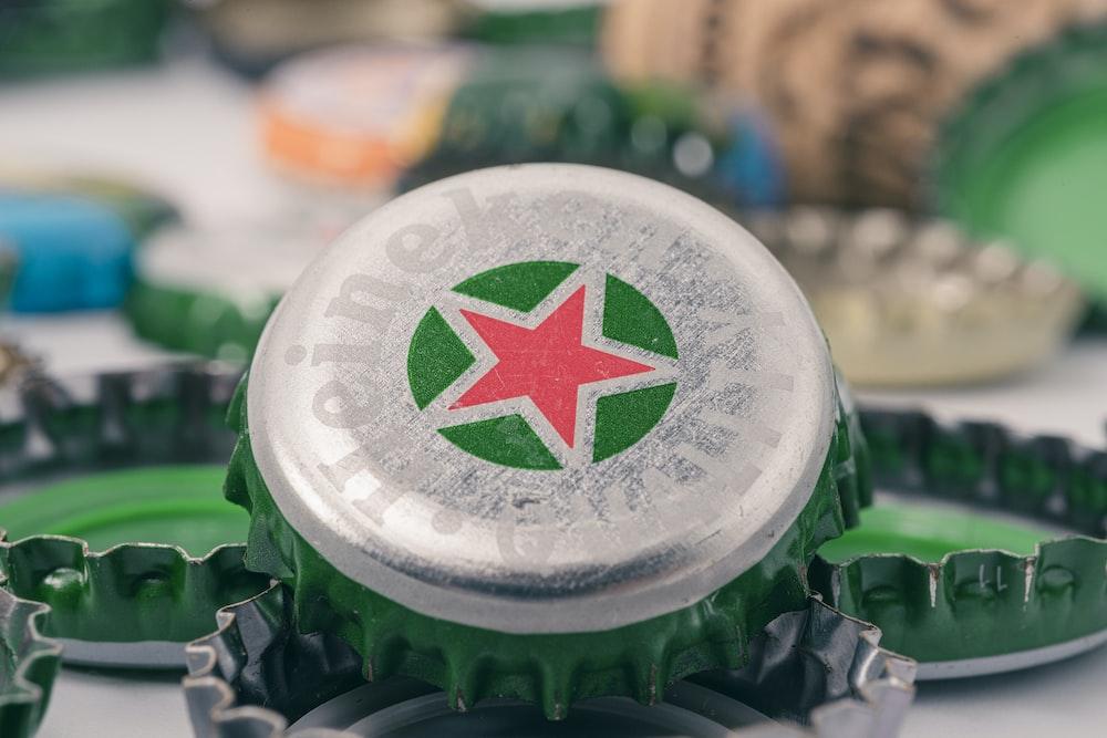 green and white star print bottle cap