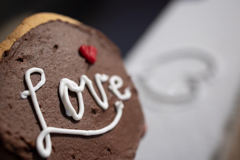 brown and white chocolate cake