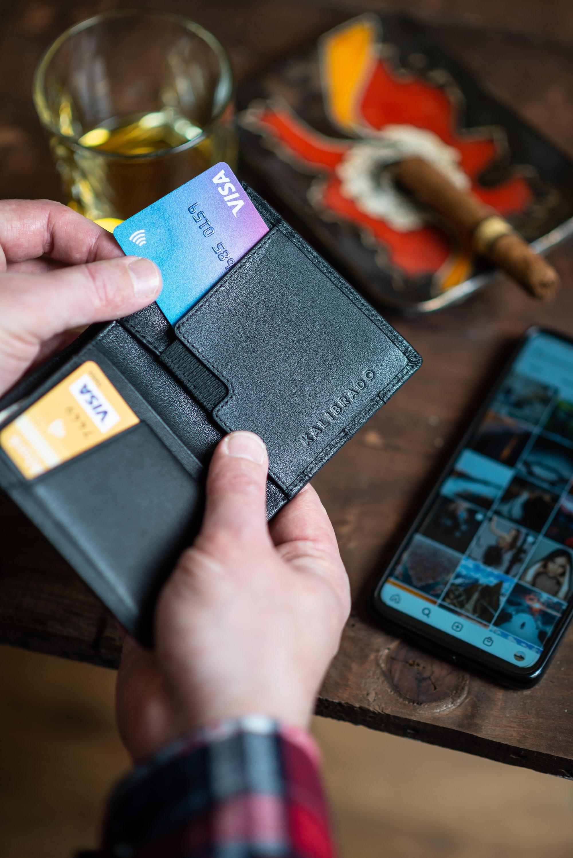 Krypto und Bitcoin-Kreditkarte im Vergleich (2021)