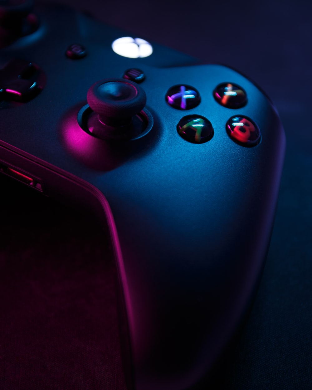 red xbox one game controller