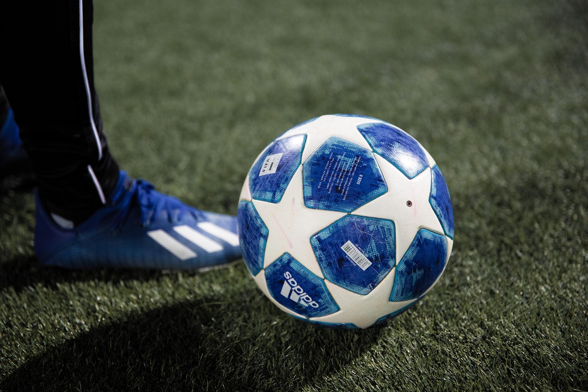 Pronostici oggi: Parma-Inter, Liverpool-Chelsea e Fulham-Tottenham