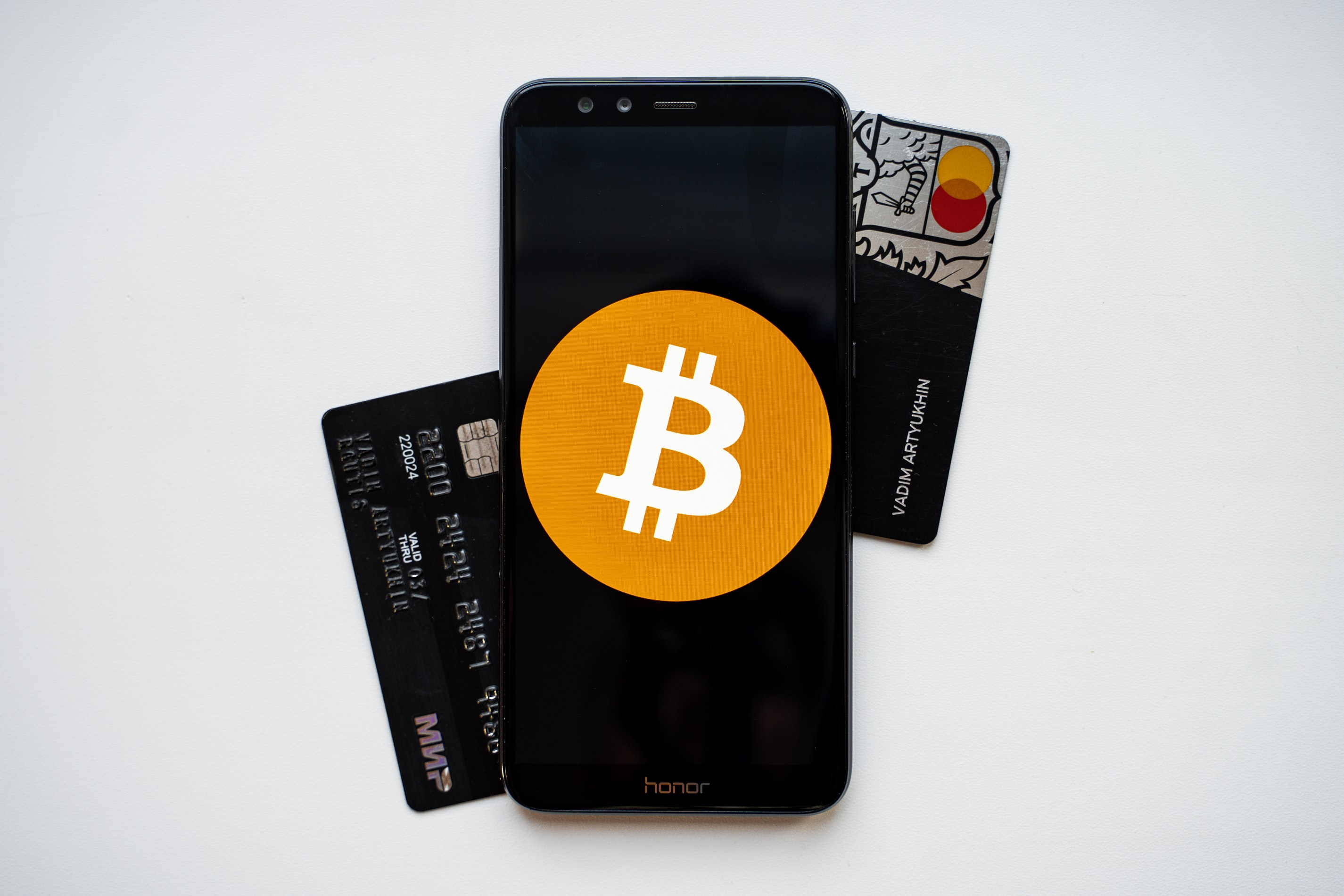 How can one have very safe and smooth use of a bitcoin wallet?