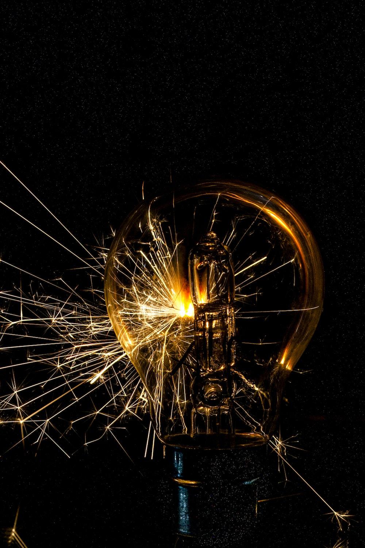 steel wool photography of yellow lights