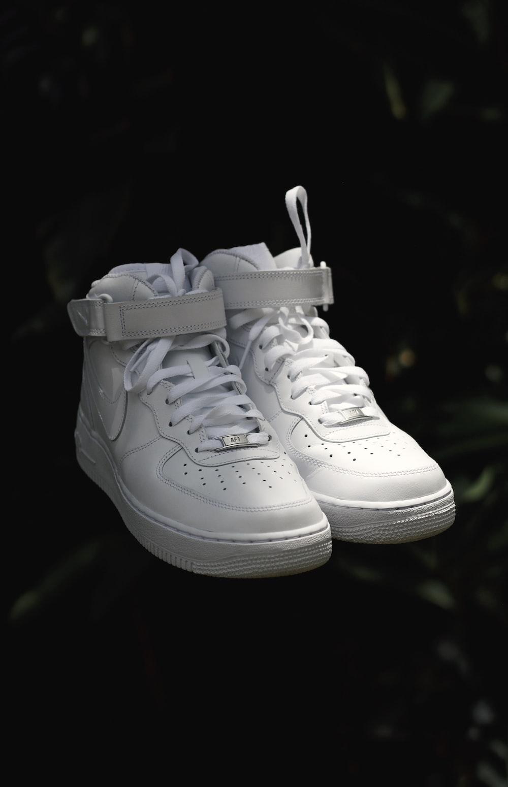 white nike air force 1 high
