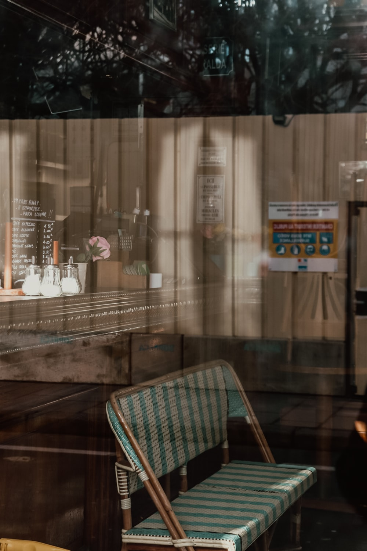 Retro Interior White-Celine Ylmz