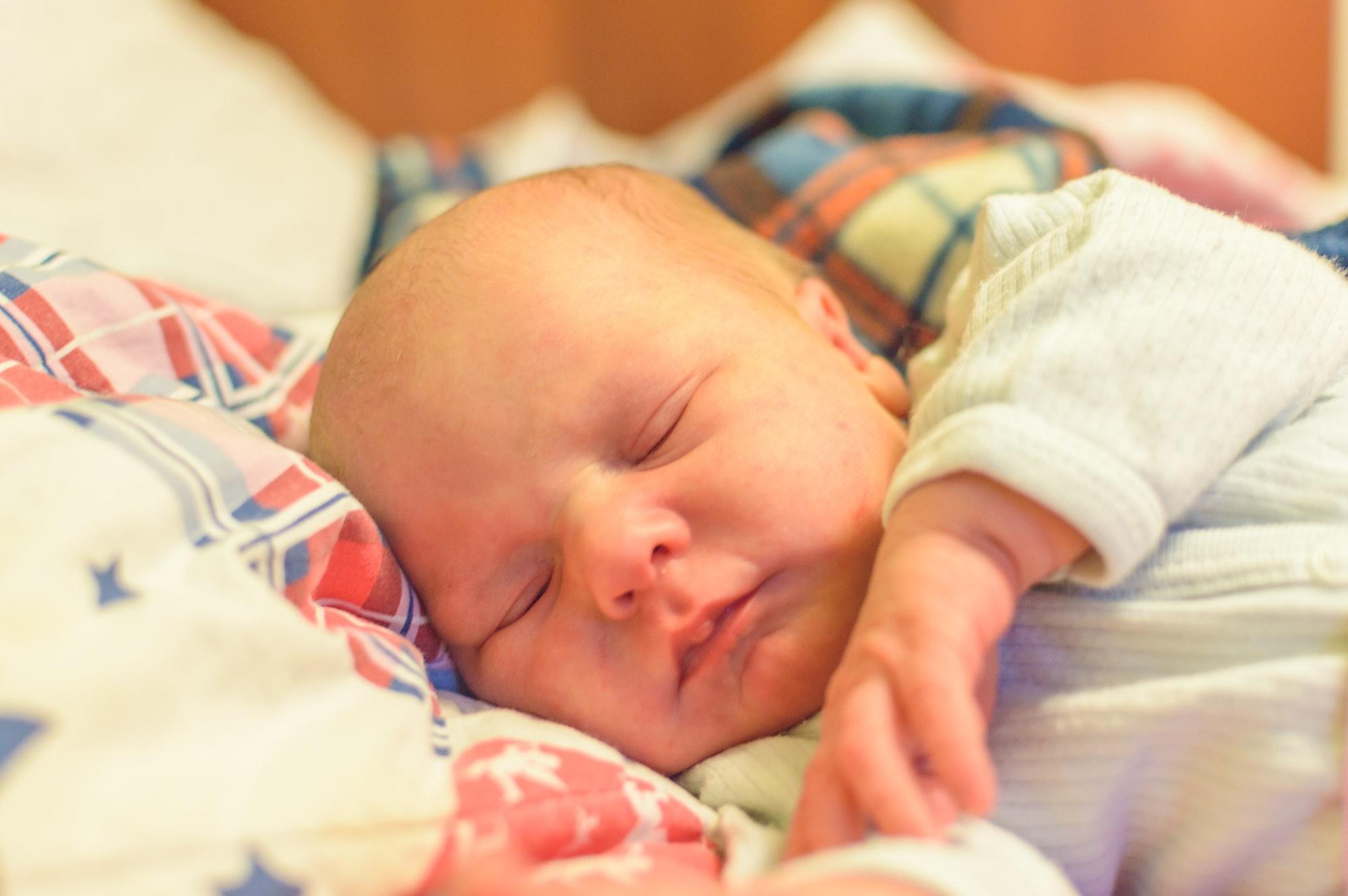 Comment dort votre bébé entre 0 et 1 an ?