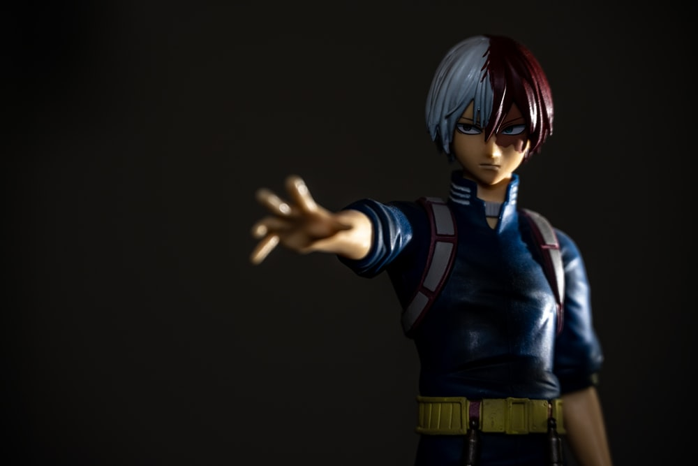 blue haired male anime character