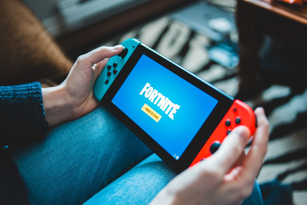 black and red nintendo switch