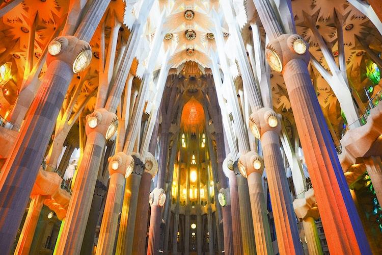 La Sagrada Família, Barcelona, Iconic Landmarks in Europe