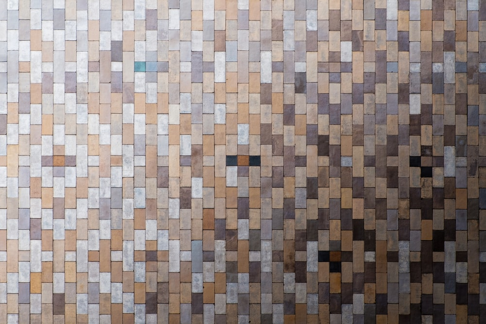 brown and white checkered textile