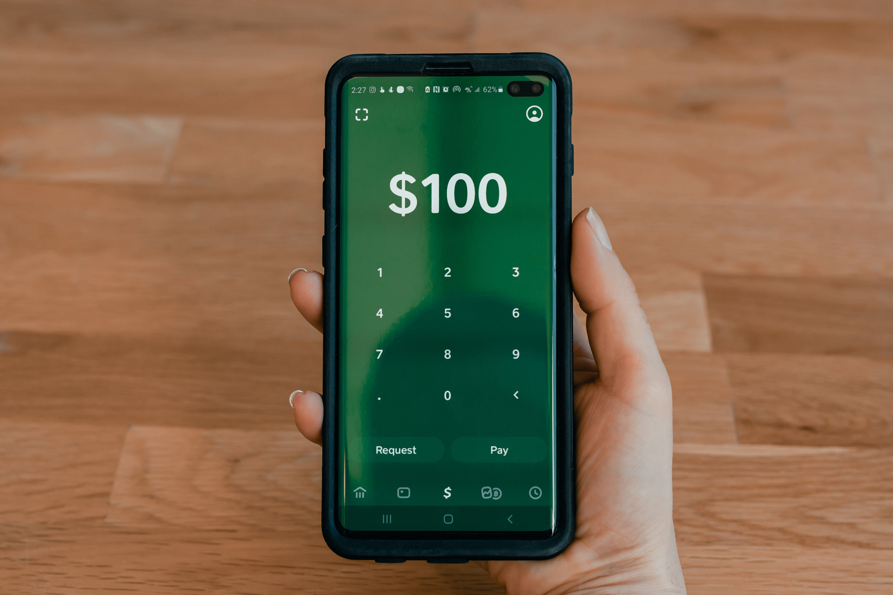 Money transfer with Cash App by Square! Via: techdaily.ca - #zelle #cashapp #venmo #wealthsimplecash ferwise #money