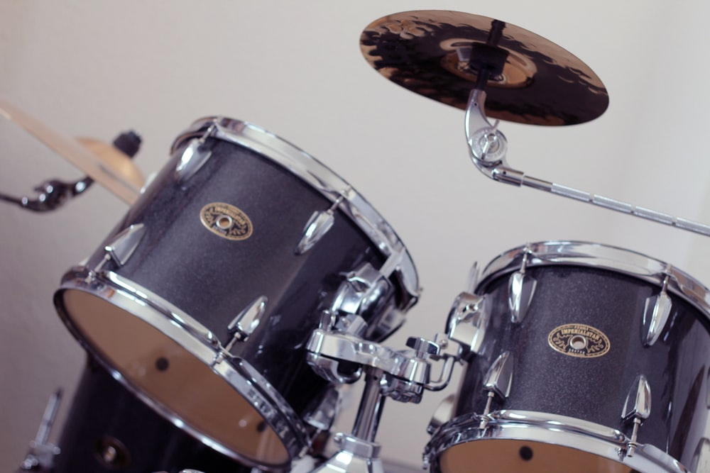 black and silver drum set