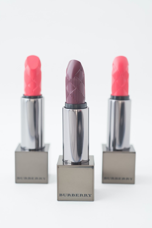 red lipstick and pink lipstick