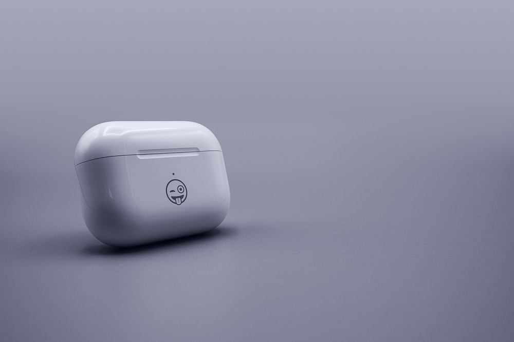 white hp cordless computer mouse