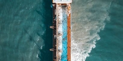Maersk Essen enters the port of Los Angeles enroute to APM Terminals Pier 400 Los Angeles, California USA