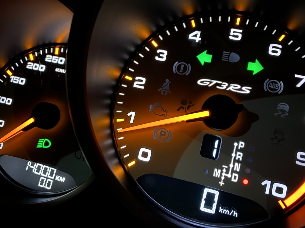 black digital speedometer at 0