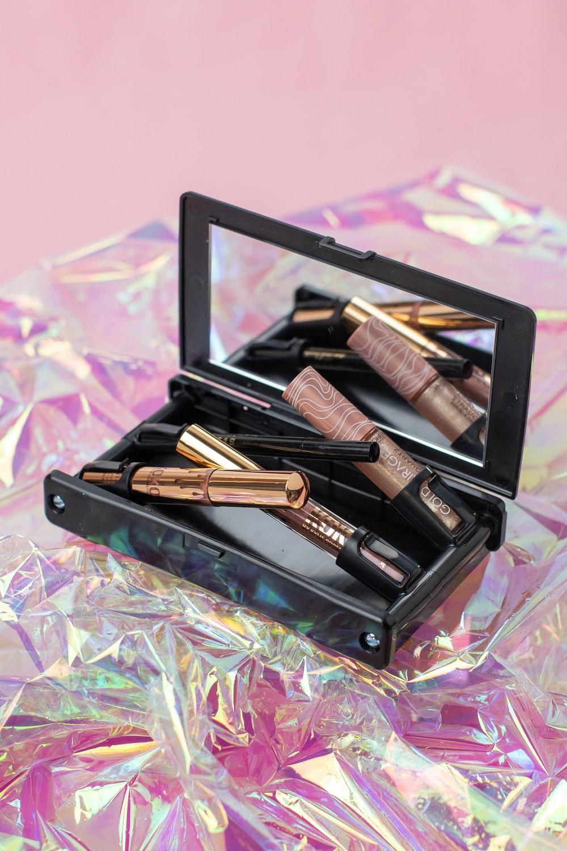 black and brown makeup brush set in box
