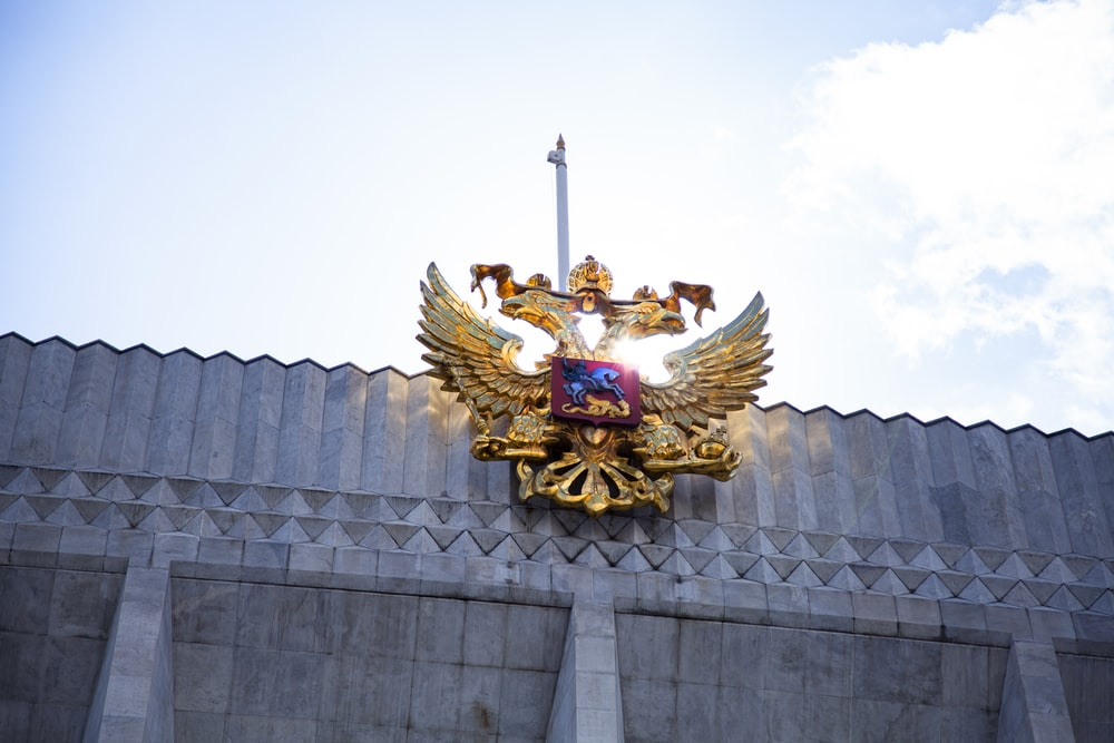 gold and blue dragon statue