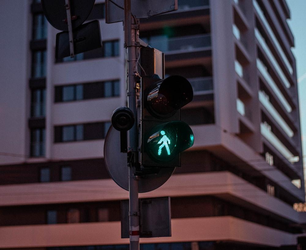 black traffic light on green light